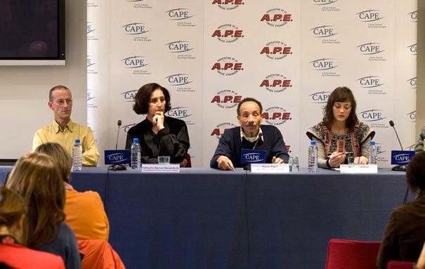 Conférence pour le lancement de la Fondation Pierre Rabhi en 2010 avec Marion Cotillard, Pierre Rabhi, Fettouma Benabdendi et Pierre-François Pret