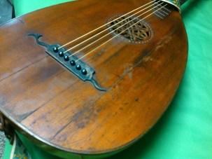 guitarra laud