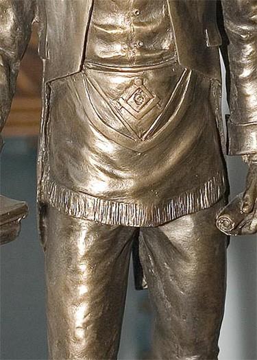 estatua de Robert Burns con mandil masónico