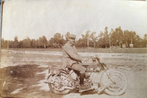 La moto de la compagnie