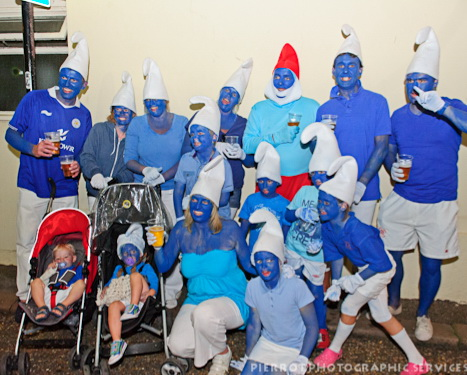 Cromer carnival fancy dress smurf family
