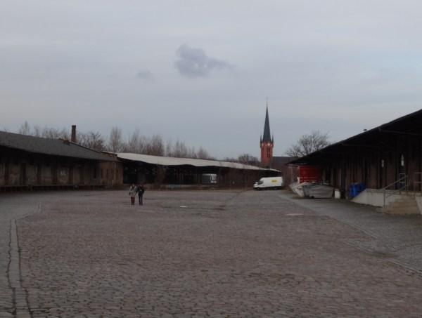 Leipziger Bahnhof Rundgang st petri kirche