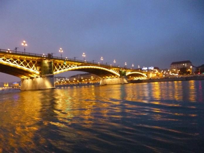 Cosa ho visto a Budapest battello danubio