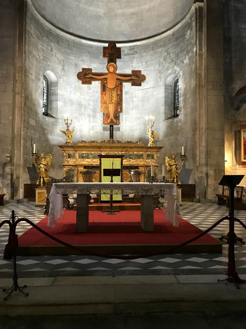 itinerario un giorno lucca chiesa san michele altare