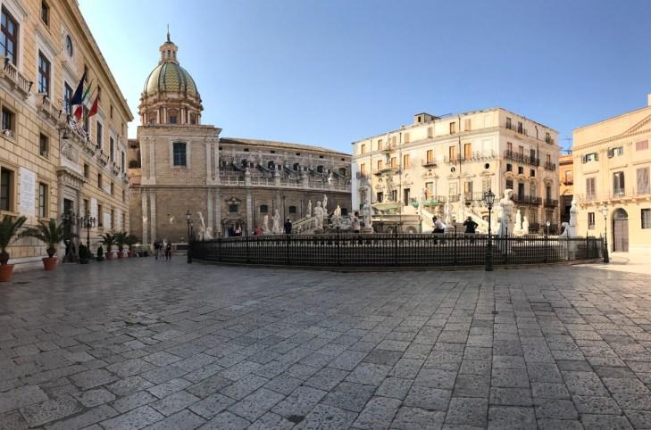 sicilia in dieci scatti palermo piazza pretoria