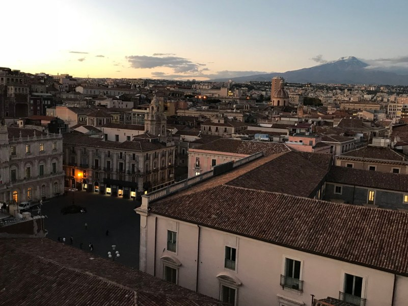 visitare catania in un giorno vista tramonto
