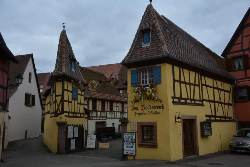 visitare alsazia borghi eguisheim cantina vini