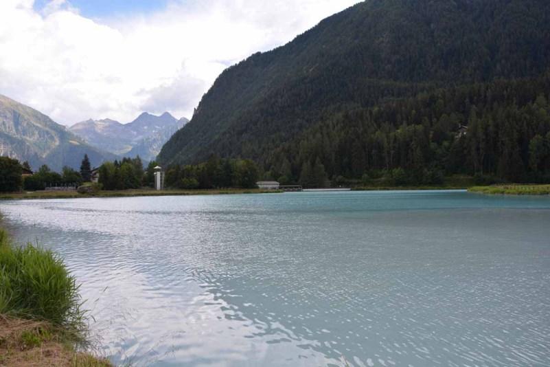 10 cose da fare in Val d'Ayas laghetto brusson