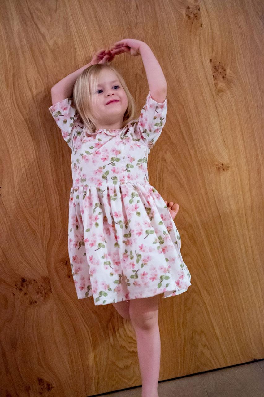 PiexSu-Kleid-Aurelie-Mädchen-Schnittmuster-nähanleitung-ebook-nähen-kleid-kinderkleid-mädchekleid02