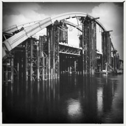 Un ponte mai ultimato sul Dnepr