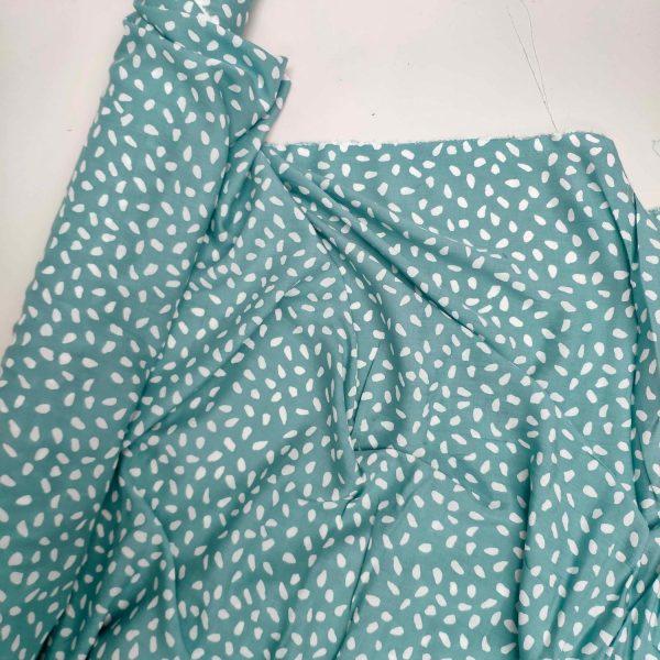 petal (mint green)