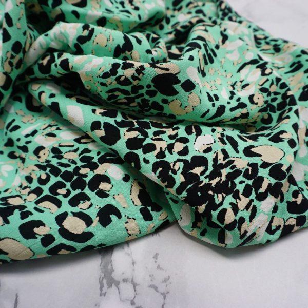 Jungle leopard fabric