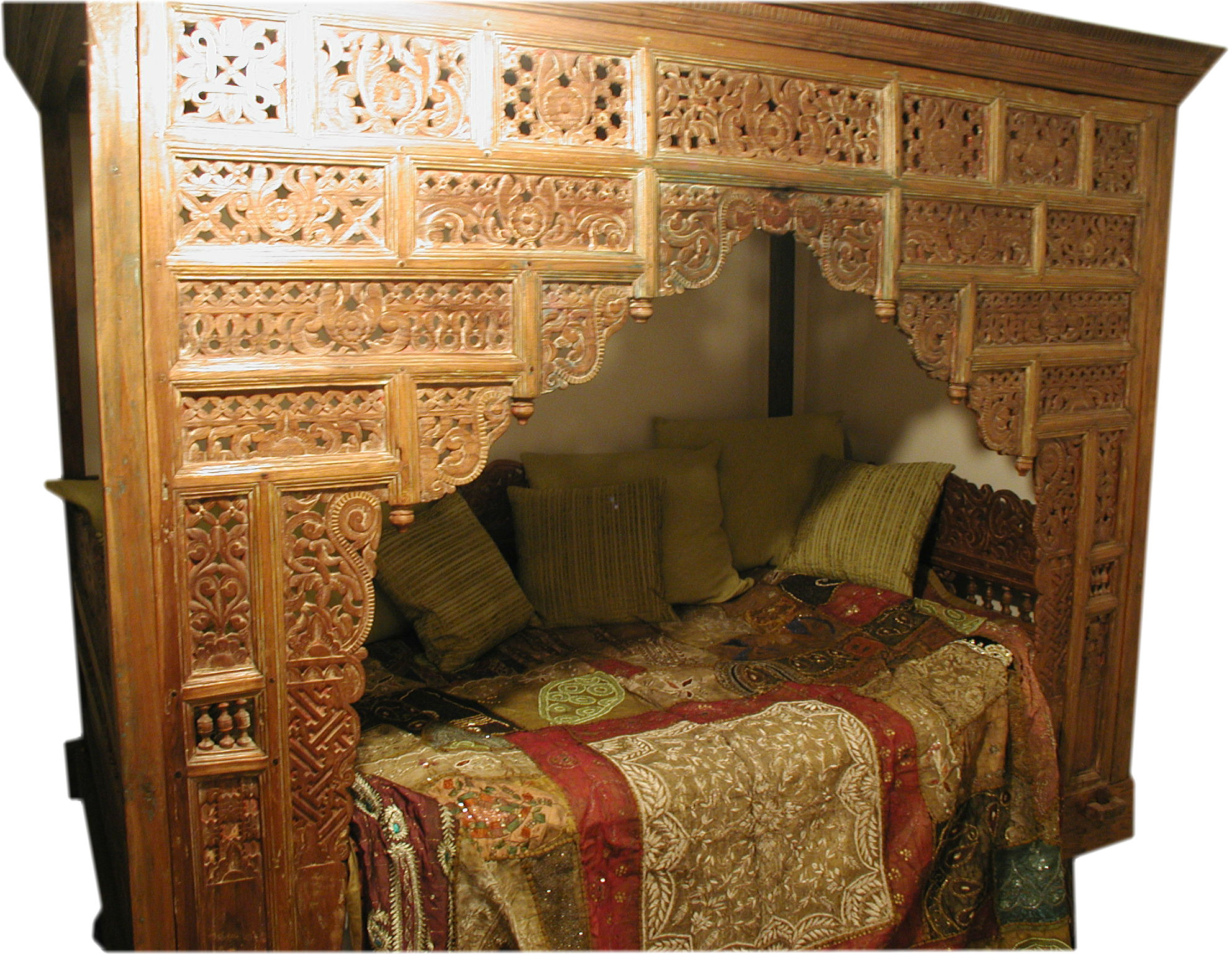 Sell My Javanese Bed For Me