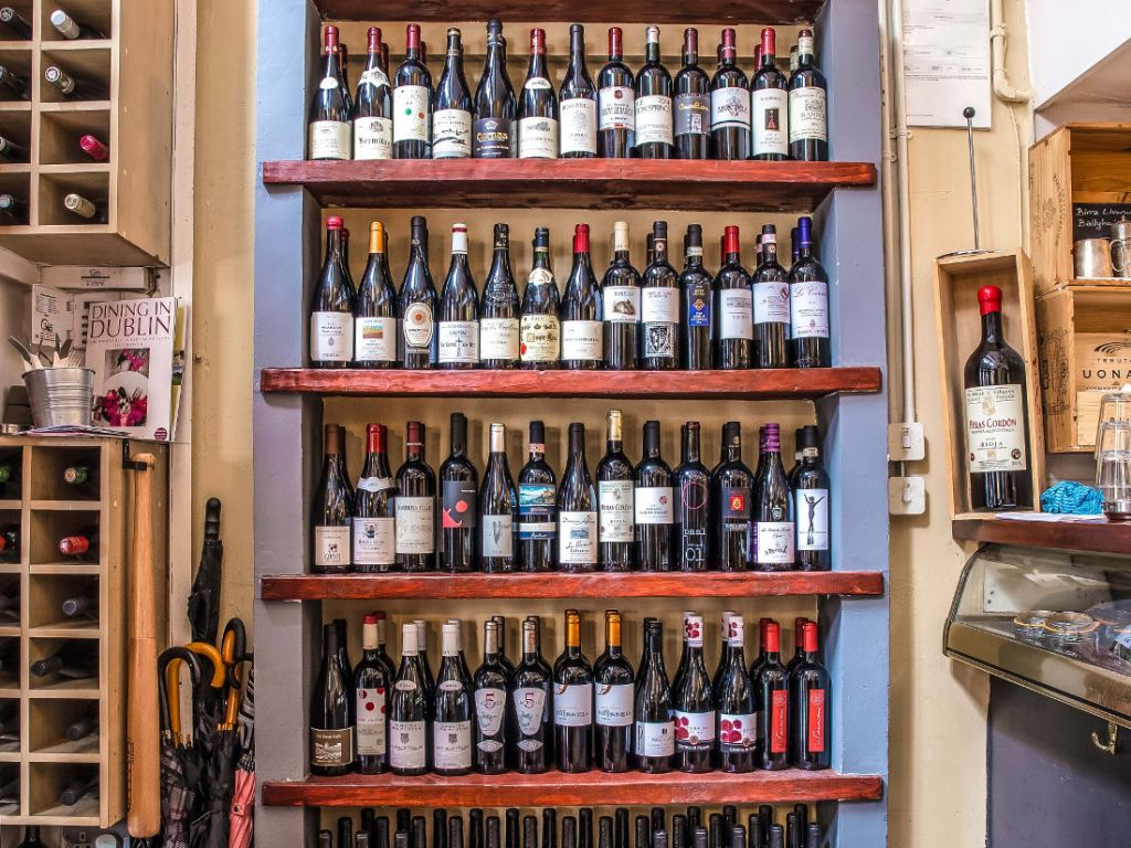 Piglet Gallery Wine Shelf