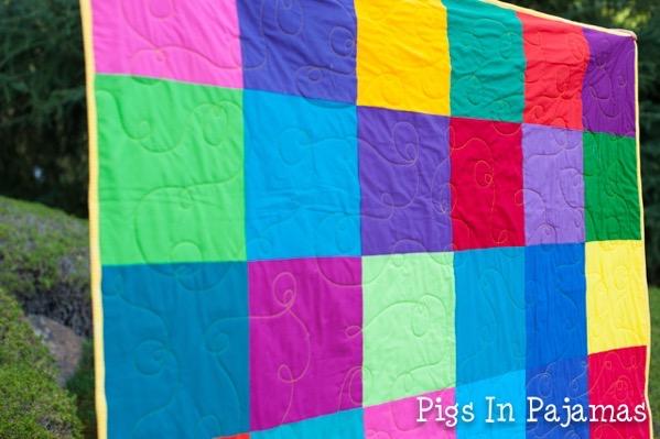 Bright squares quilt closeup 19034655953 o