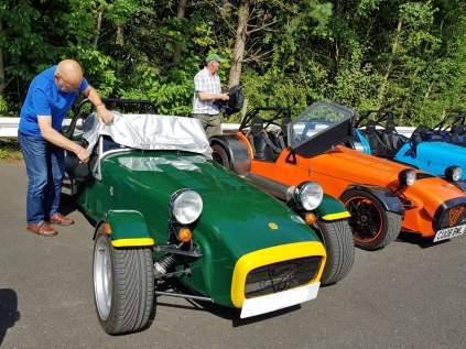 Tony+Caterham(jul17)