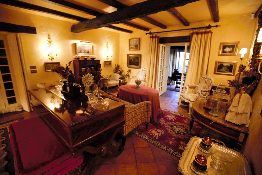 Caserio Pikamendi | Fireplace