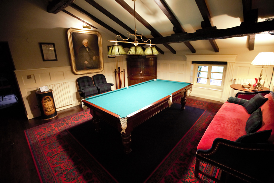 Caserio-Pikamendi-snooker-room-02