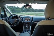 Ford S-MAX kojetaulu