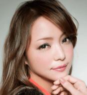 安室奈美恵-紅白歌合戦-01