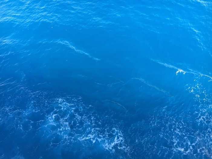 Laivamatka tämän värisellä Libyanmerellä.