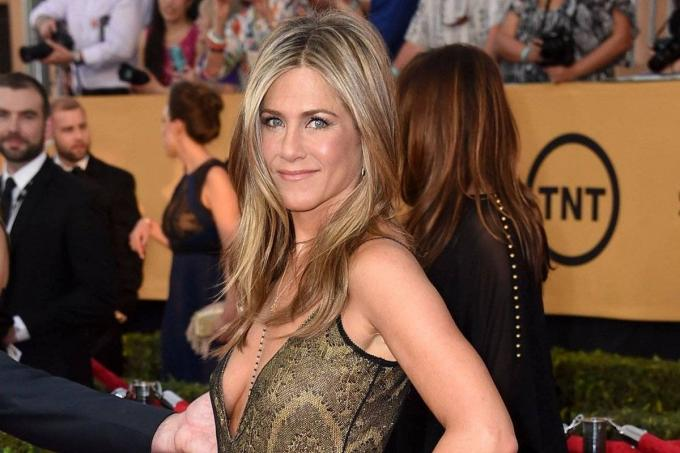 Jennifer Aniston poses for a photograph.