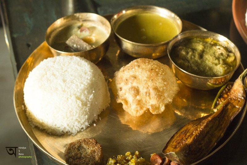 Autentic Bengali Spread at Sonar Tori - bengali Restaurant  at Ffort Raichak Kolkata