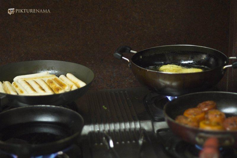preparation of all day breakfast by Flurys Kolkata with RedFM 93.5 Kolkata