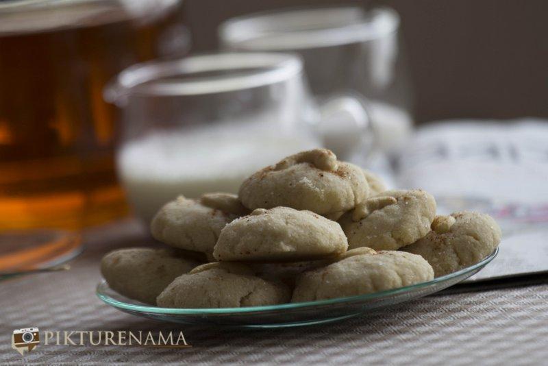Ready to eat Nan Khatai the original Indian cookie with Dutch origin