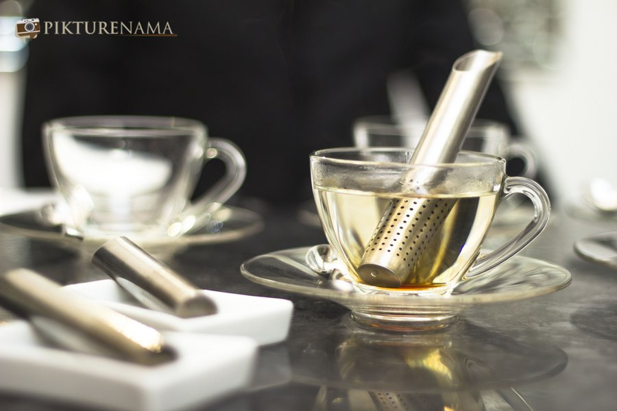 Pikturenama at The Lalit Great Eastern Kolkata Tea Lounge infuser starts making the tea