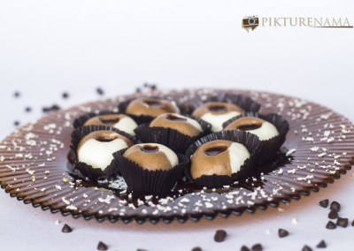 Chocolate 2 in 1 sandesh