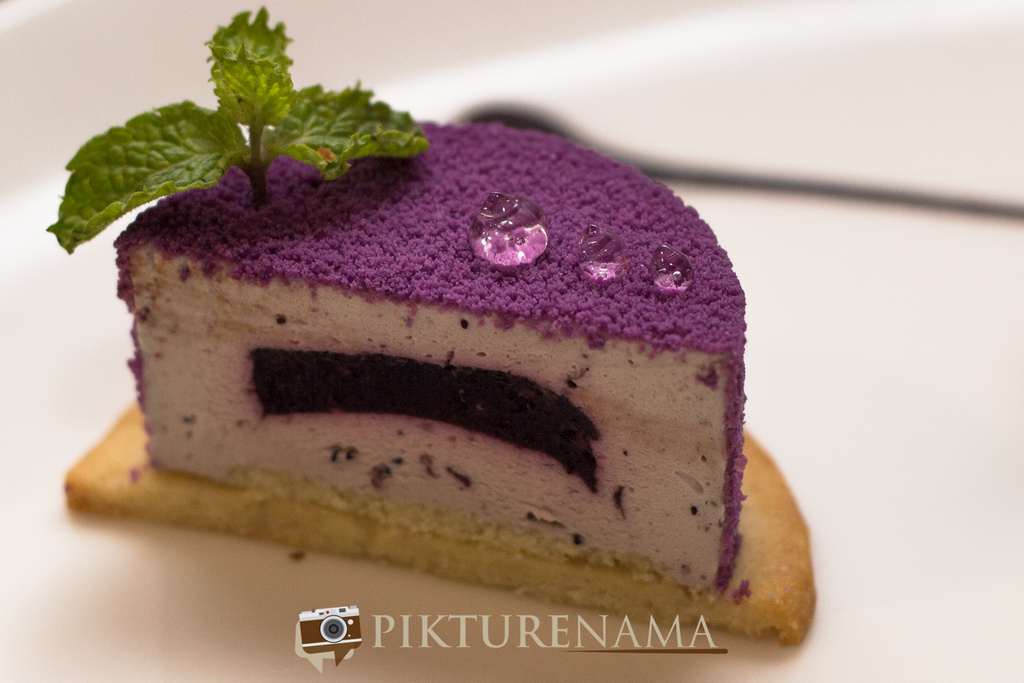 The Lalit Great Eastern Bakery blue berry cheese cake