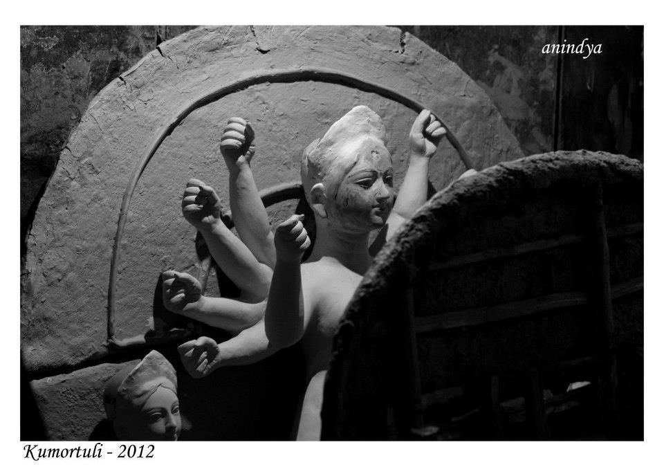 Durga Puja 2015 how many days more ? Pujo aschhe