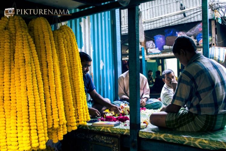 Mullick Ghat flower market Kolkata 6