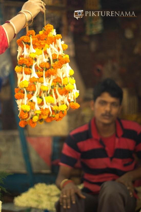 Mullick Ghat flower market Kolkata 3