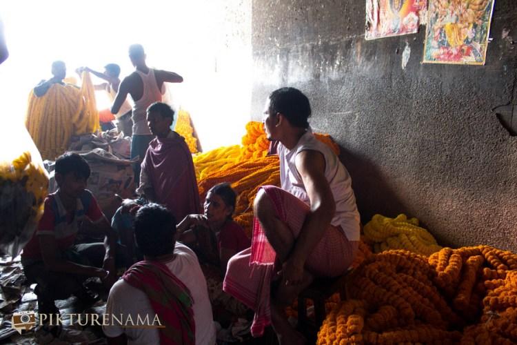 Mullick Ghat flower market Kolkata 10