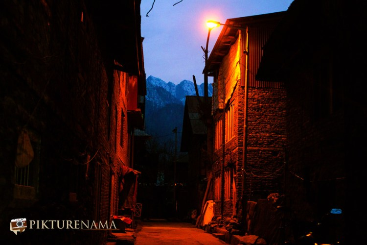 Narrow bylanes of Pahalgam town
