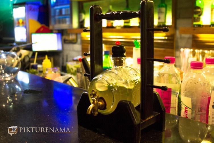 Wall Street Bar Kolkata welcome refreshing drink