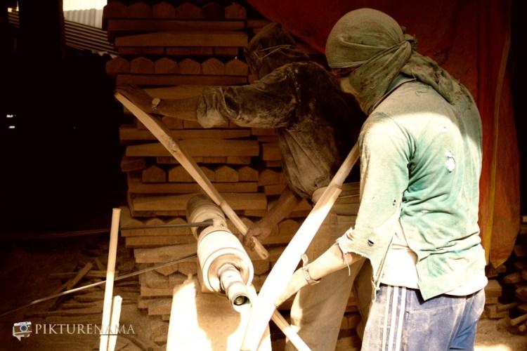 making of Kashmir willow bat