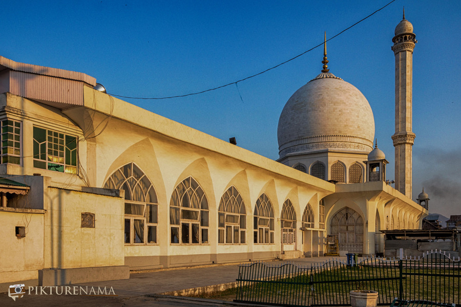 Hazratbal Srinagar a close up