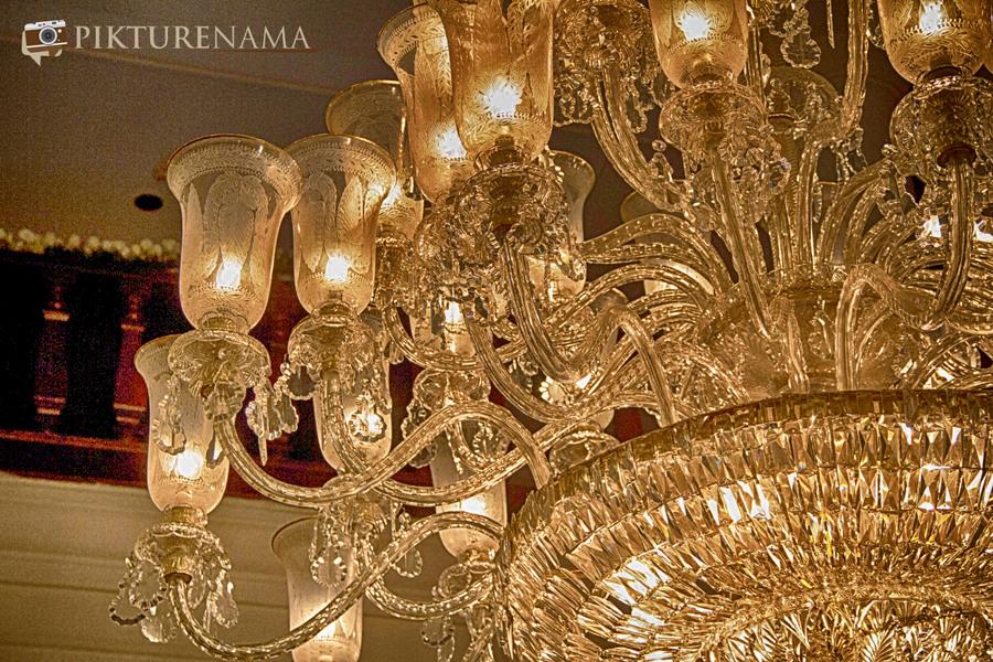 The Oberoi Grand Kolkata chandelier 2