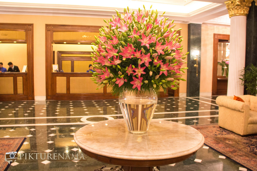 Oberoi Grand Kolkata the lobby