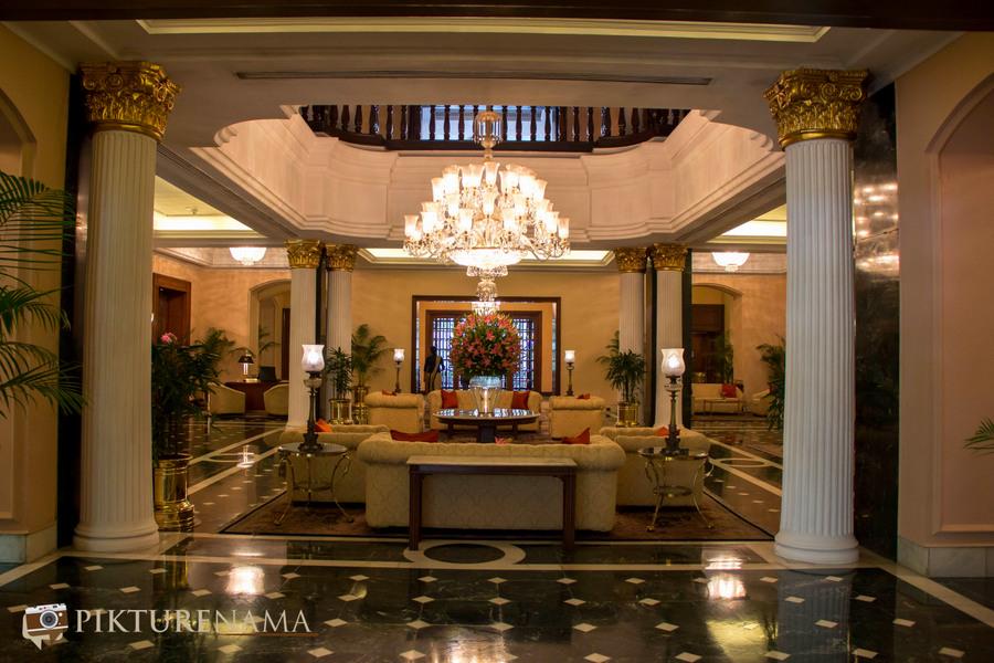 Oberoi Grand Kolkata lobby