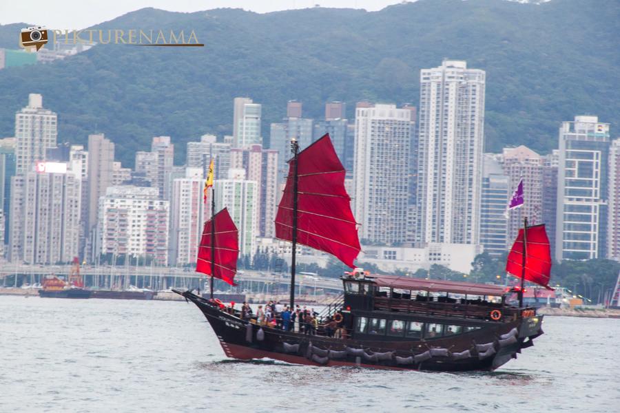 Sunset cruise Hong Kong 6