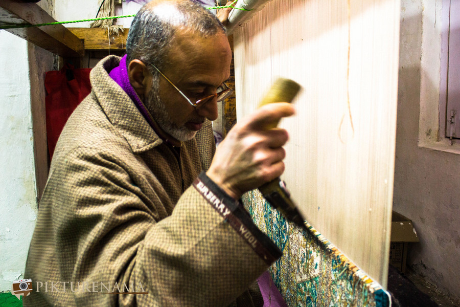 Faces of Kashmir carpet weaver 5