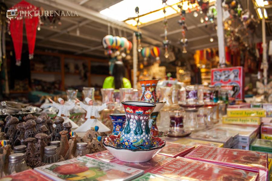 Cappadoccia_kaymakli_turkish_cups