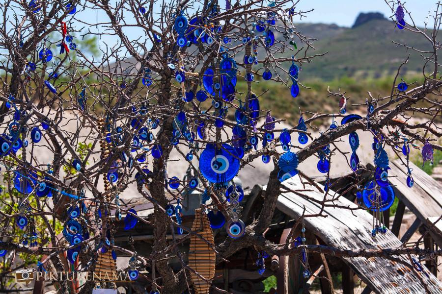 Cappadoccia_pigeon_valley_nazar_amuletsa