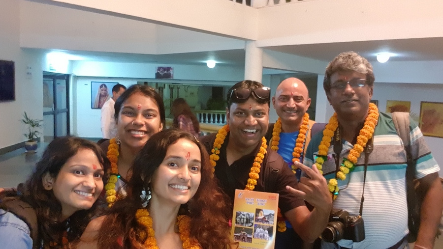 Bloggers bus to Uttarakhand 4