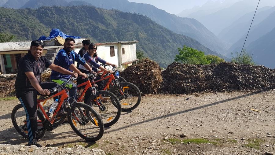 Bloggers bus to Uttarakhand 5