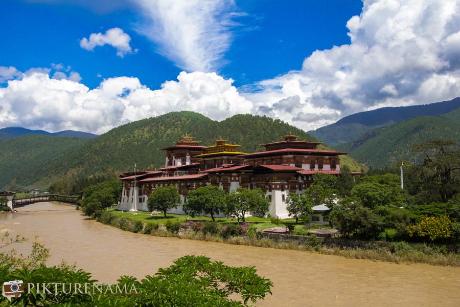 Taj Tashi Thimpu Bhutan Punakha Dzong